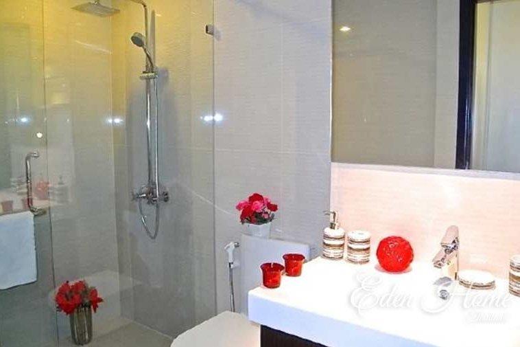EHS-253 Shower