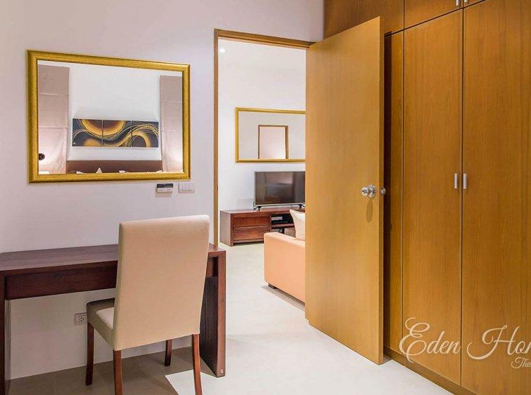EHS-255 Master Bedroom 2